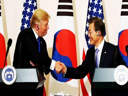 उत्तर कोरिया के खिलाफ दक्षिण कोरिया अमेरिका के साथ, माइक पेंस ने किया खुलासा
