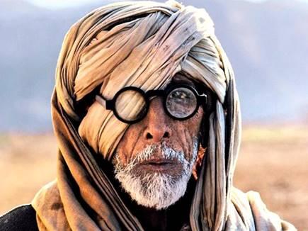 यह है अमिताभ बच्चन की इस वायरल तस्वीर की सच्चाई