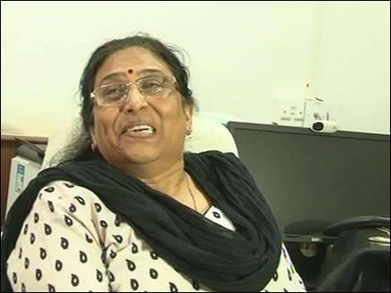 एसपी  रहीं अनीता ने राज्य महिला आयोग से की प्रताड़ना की शिकायत