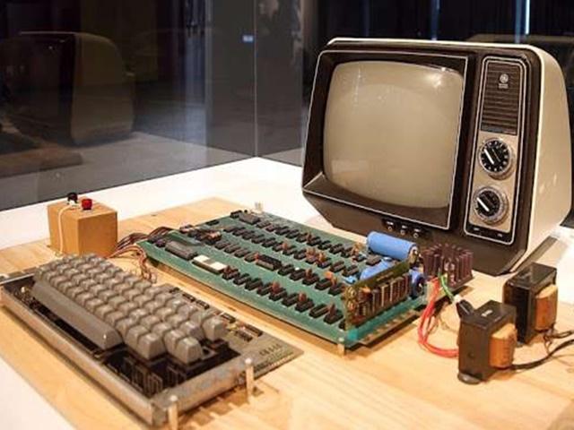 Apple के पहले कम्प्यूटरों की ऑनलाइन नीलामी गुरुवार से होगी शुरू, ये थी खासियत