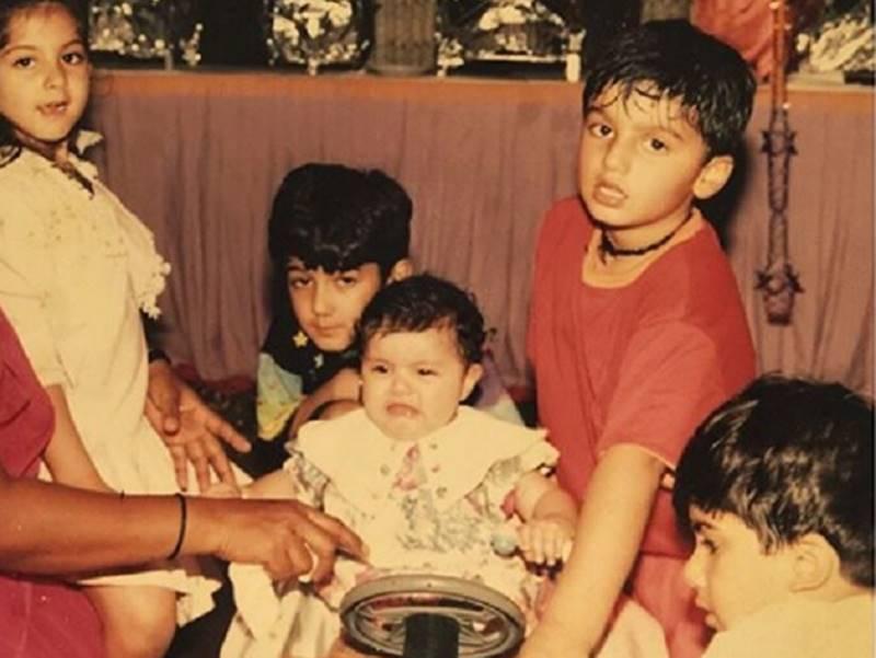 अर्जुन कपूर की इस पुरानी फोटो के साथ अंशुला ने लिखी मजेदार बात