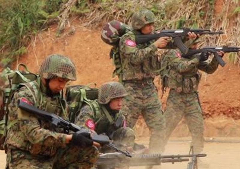 Myanmar के सैन्य इलाके में सशस्त्र विद्रोहियों के हमले से 14 की मौत, विद्रोही संगठन के लड़ाकों ने बनाया निशाना