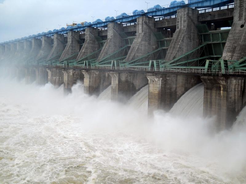 अशोकनगर जिले में राजघाट बांध के 18 में से 16 गेट खुले, निचले इलाकों में बाढ़ के हालात