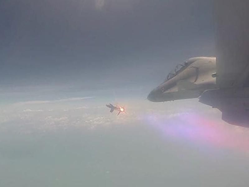 70 किमी. दूर दुश्मन को मार गिराने वाली 'अस्त्र' मिसाइल का सफल परीक्षण