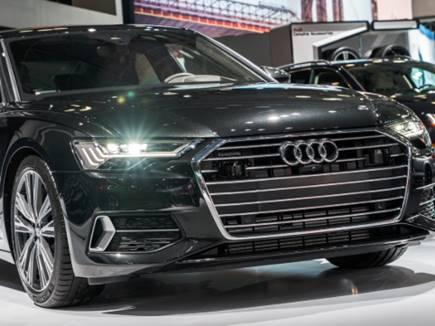 2019 की कारों में चौंका देने वाले फीचर, एक्सीडेंट से पहले ऊंची हो जाएगी ये ऑडी