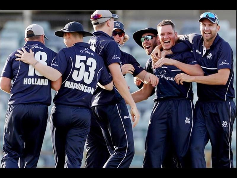 Video Cricket : रोमांच की सारी हदें पार, 5 विकेट शेष थे, 11 ओवर में भी 5 रन नहीं बना सकी ये टीम