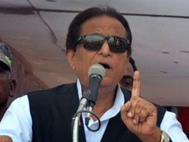 अब पत्रकारों पर भड़के आजम खान, कही ऐसी बात, देखें वीडियो