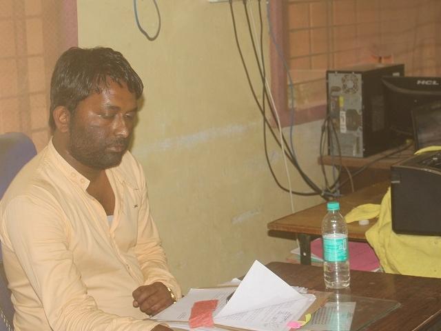 Balaghat: जिला पंचायत का बाबू 6 हजार की रिश्वत लेते गिरफ्तार