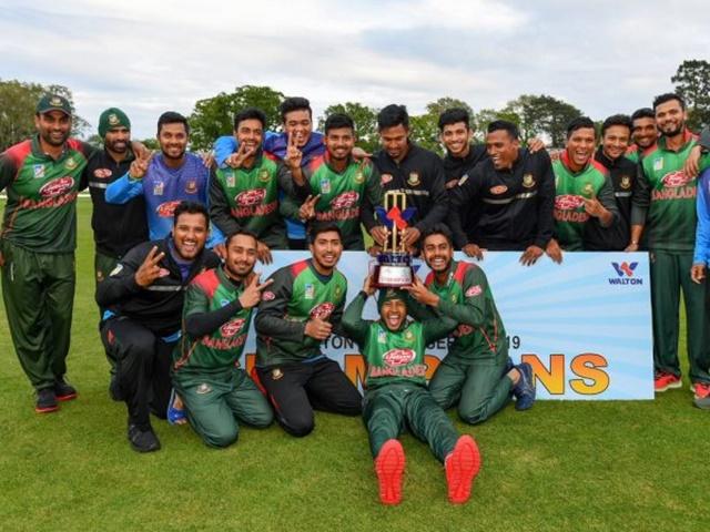 Cricket Tri Series : मोसाद्देक की तूफानी फिफ्टी से बांग्लादेश की ऐतिहासिक जीत