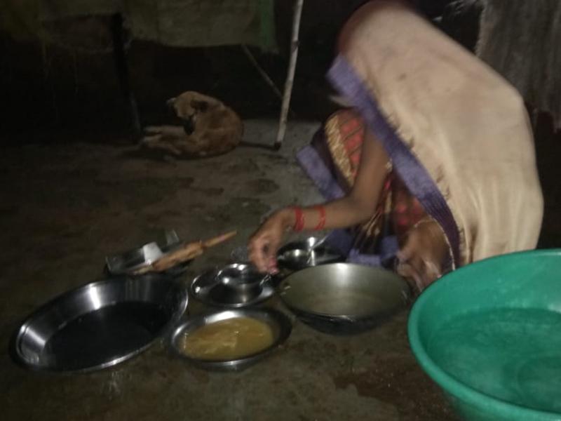 बड़वानी जिले में भू-गर्भीय हलचल से दहशत, घर के बाहर बनाया खाना, रात भी बाहर गुजारी, देखें वीडियो