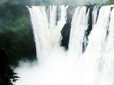 बैतूल के पास झरने में डूबने से महाराष्ट्र के 3 लोगों की मौत