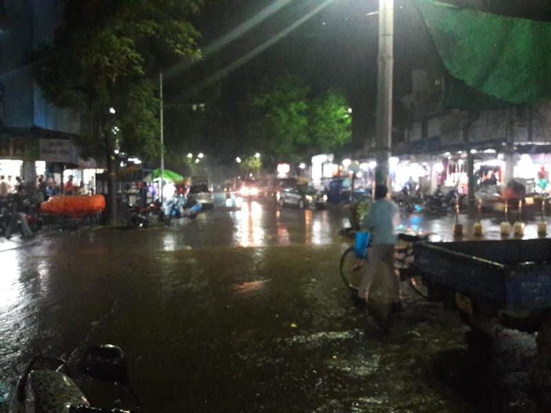 MP Weather Alert : बारिश जारी, 26 अक्टूबर के बाद साफ होगा मौसम, दीपावली से बढ़ेगी ठंड