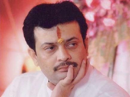 भय्यू महाराज महाराष्ट्र जा रहे थे, बार-बार फोन आए तो सेंधवा से लौटे थे