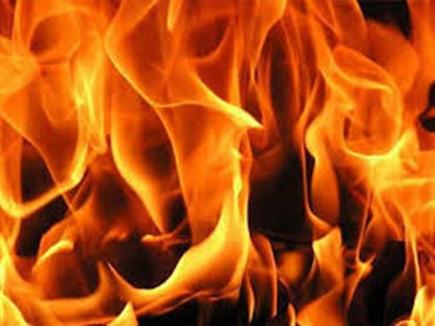 भोपाल में रिश्तेदार ने नौवीं की छात्रा से की अश्लील हरकत और खींचे फोटो तो आग लगाकर दी जान