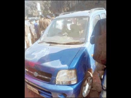 जेपी अस्पताल की डॉक्टर की कार में पांच दिन पुरानी लाश मिली
