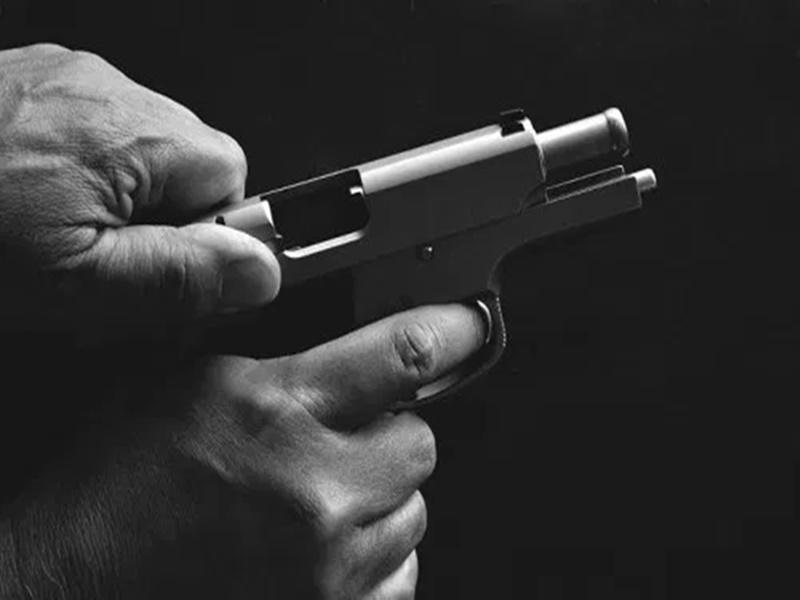 Madhya Pradesh : साथी से पिस्टल चेक करते वक्त दबा ट्रिगर, राजभवन के PSO को लगी गोली