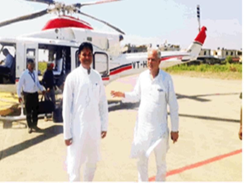 बागी नेता के साथ दिखे CM भूपेश, नाराज कांग्रेस नेता ने पार्टी से दिया इस्तीफा