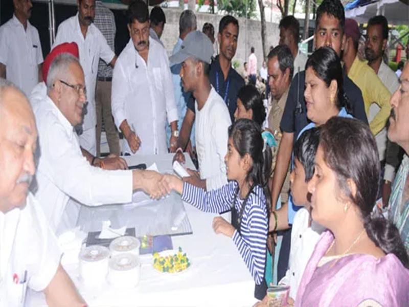 Chhattisgarh : निचले स्तर पर समस्याओं का निराकरण नहीं, अब सीएम सख्ती की तैयारी में