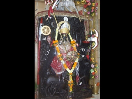 VIDEO : कोयला खदान के श्रमिकों की कमाई से बना है मां बिरासिनी देवी का ये भव्य मंदिर