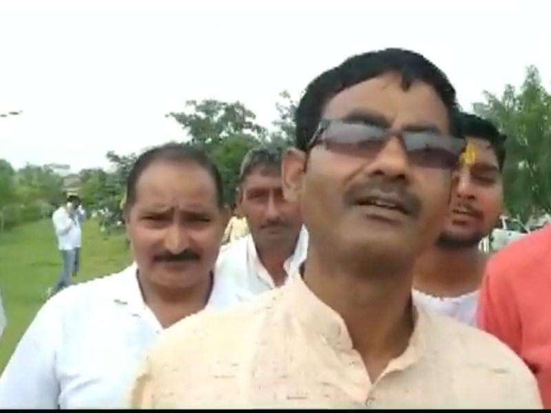 Video: मुजफ्फरनगर के BJP विधायक के बिगड़े बोल, पूर्व PM जवाहर लाल नेहरू पर की विवादित टिप्पणी