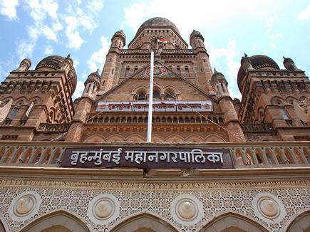 मुंबई के 132 पार्षदों की कुर्सी पर मंडरा रहा है अयोग्य होने का खतरा