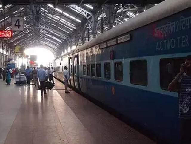Boarding Station: यात्री ट्रेन छूटने के चार घंटे पहले तक बदल सकेंगे बोर्डिंग स्टेशन