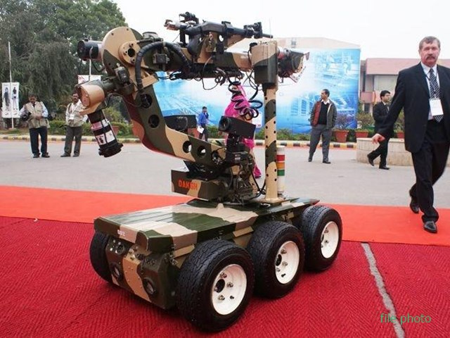 सीमा पर रोबोट भी करेंगे निगरानी और लड़ेंगे जंग, DRDO कराएगा रोबो तकनीक का पेटेंट