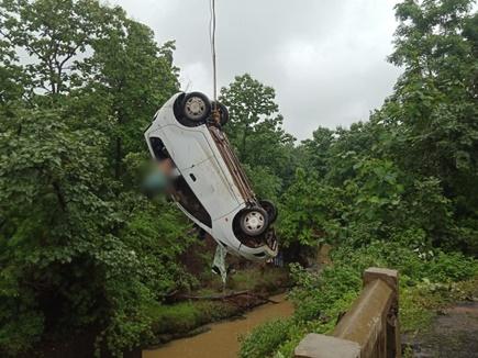 भोपाल के पास कोलार डेम की इंटेकवेल नहर में कार गिरी, 6 की मौत