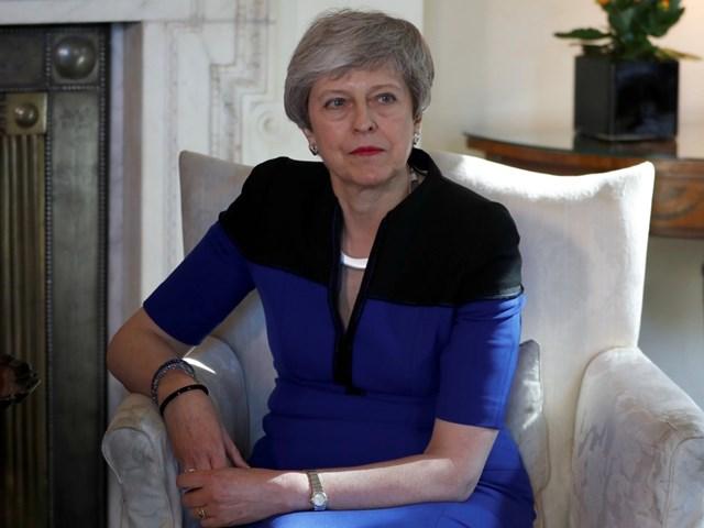 ब्रिटेन की PM टेरीजा मे पद छोड़ने को तैयार, बोरिस ने जताई दावेदारी