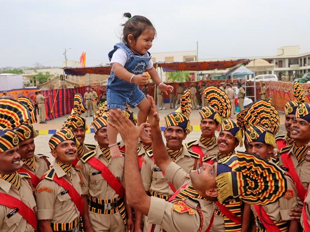BSF Passing Out Parade: जिंदगी की नई मंजिल का खुशियों से इस्तकबाल...