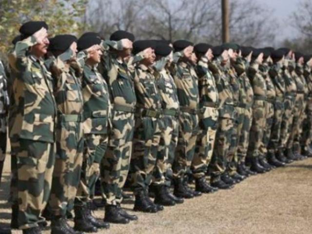 BSF Recruitment 2019: 10वीं पास को मिल सकती है 80 हजार से ज्यादा सैलरी, आवेदन शुरू