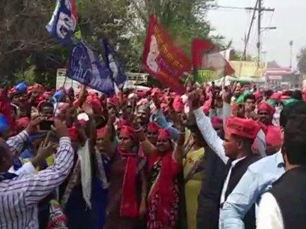 UP Bypoll Results: फूलपुर, गोरखपुर सीट पर SP तो अररिया में RJD जीती