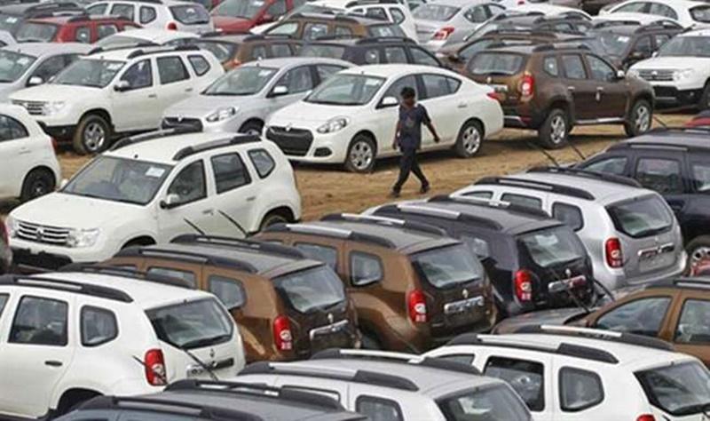 जून में पैसेंजर कारों की बिक्री में 25 फीसद की गिरावट, बिक्री एक-चौथाई घटी