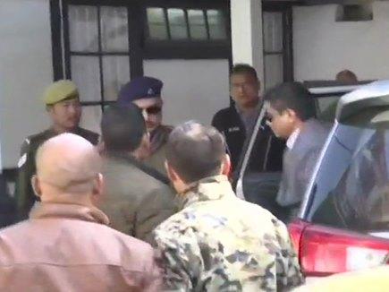 कोलकाता पुलिस कमिश्नर से आज भी हो रही पूछताछ, पहुंचे सीबीआई दफ्तर