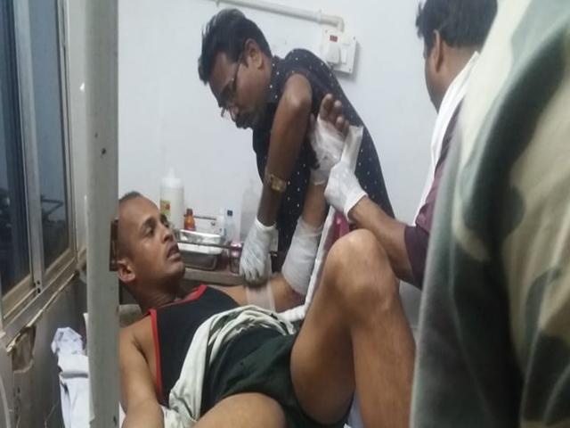 Chhattisgarh Election 2019: लौट रही पोलिंग पार्टी पर नक्सलियों ने किया हमला, एक जवान घायल