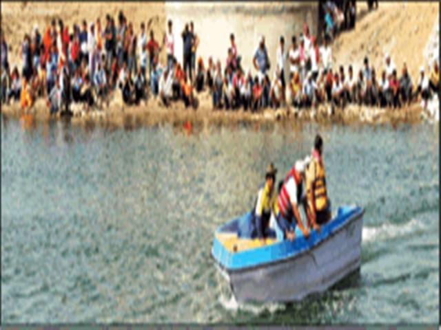 चंबल नदी में नहाने गए दो युवक डूबे, तीसरे को पुल बना रहे कर्मचारियों ने बचाया
