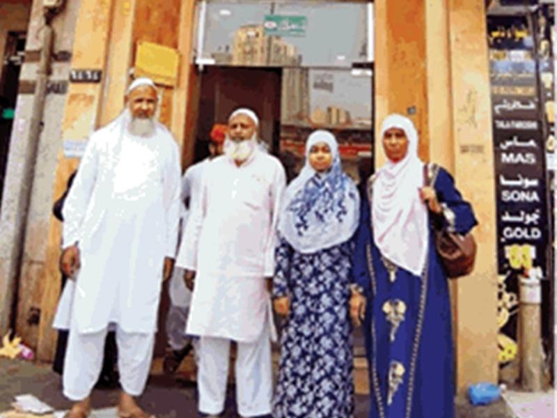 जेद्दा में फंसे जायरीनों को भारत लाने की तैयारी में जुटा दूतावास, MLA आरिफ मसूद पहुंचे