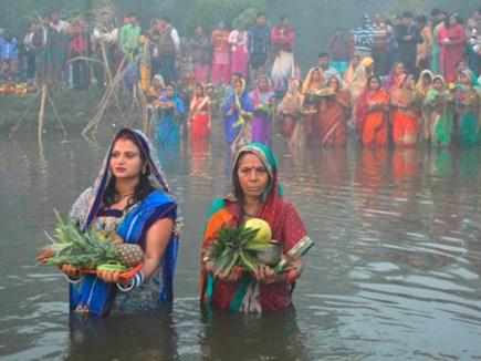 Chhath Puja 2018: चार दिन चलता है उत्सव, जानिए इस त्योहार की जरूरी बातें