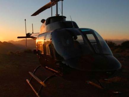 Rajasthan: हेलीकॉप्टर से बारात लेकर पहुंचा दूल्हा, गांववालों में मची सेल्फी लेने की होड़