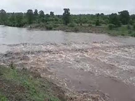 मछली पकड़ने गया युवक चोरल नदी में डूबा, मौत