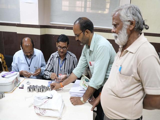 Lok Sabha Elections 2019 : ग्वालियर में जमानत के लिए प्रत्याशी ने दिए 25 हजार के सिक्के