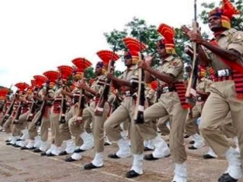 HSSC Recruitment 2019: हरियाणा पुलिस में 6400 वैकेंसी, 12वीं पास और ग्रेजुएट्स करें अप्लाई