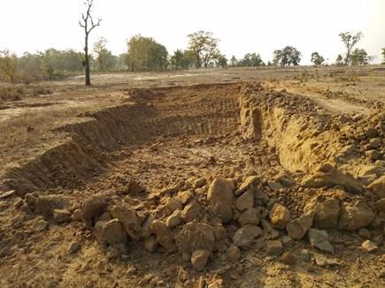 अंबिकापुर में जिस वन क्षेत्र में तेंदूपत्ता संग्रहण पर रोक वहां हो रहा बांध निर्माण