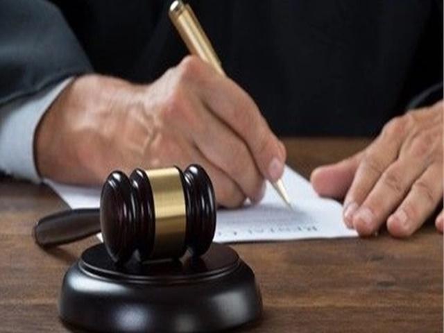 बेटे के खिलाफ कोर्ट गए दादा-दादी, पोते-पोतियों को न्याय दिलाने से जुड़ा है पूरा मामला