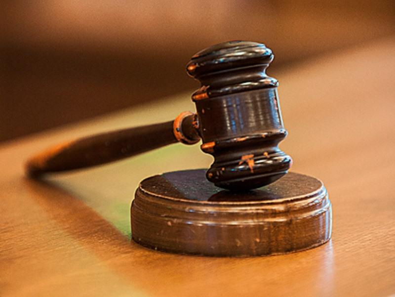 पत्नी की मदद से नाबालिग लड़की से करता रहा दुष्कर्म, कोर्ट ने कपल को सुनाई उम्रकैद की सजा