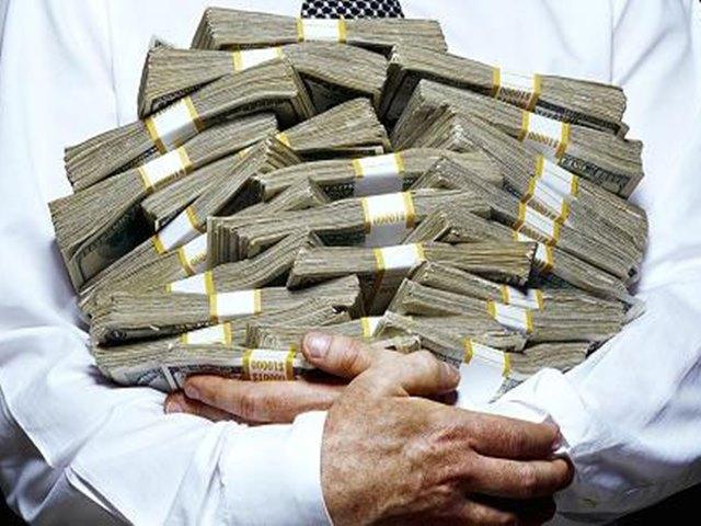 """करोड़पतियों से देश """"लखपति"""", पार हो जाएगा 1 लाख का आंकड़ा"""