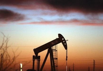 कच्चे तेल के दाम गिरे, क्या सस्ता होगी पेट्रोल-डीजल