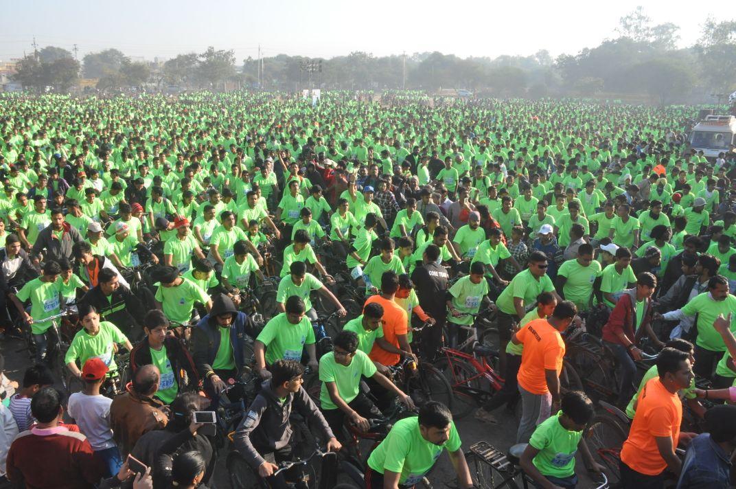 इंदौर में साइक्लोथान का आयोजन, 30 हजार युवा हुए शामिल
