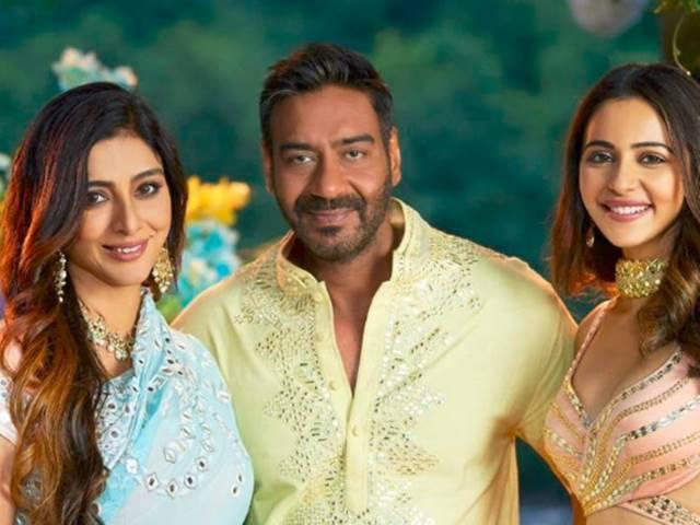 De De Pyar De Movie Review: एक से एक मजेदार सीन और रिश्तों की गहरी बातें भी