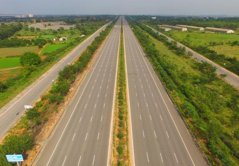 Rajasthan : दिल्ली-मुम्बई एक्सप्रेस वे के जमीन के मुआवजे के लिए एकजुट हुए तीन राज्यों के किसान
